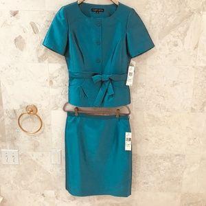 ALBERT NIPON {8} Skirt Suit NWT Turquoise SilkWool